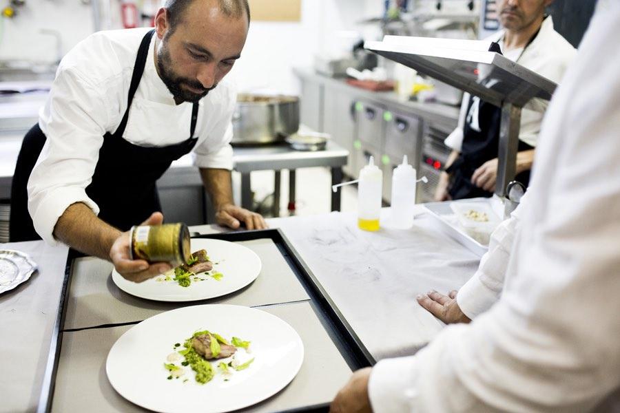 benito-gomez-en-cocina002